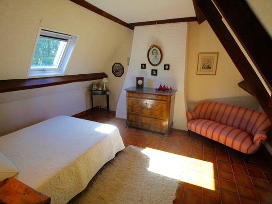 Vente propriété 7 pièces 167 m2