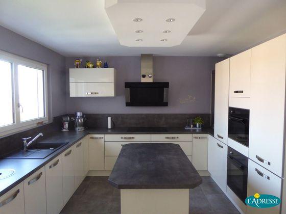 Vente maison 10 pièces 306 m2