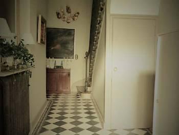 Maison 10 pièces 252 m2