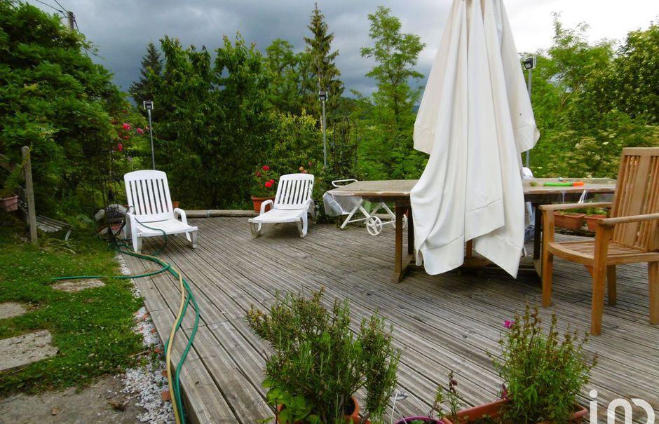 Vente maison 10 pièces 272 m² à Saint-Gervais-sous-Meymont (63880), 160 000 €