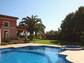Villa 7 pièces 285 m2