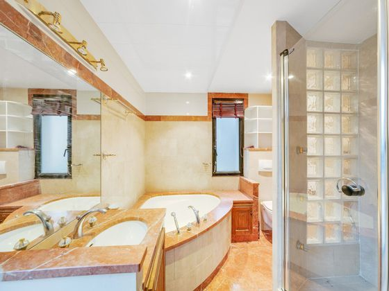 Vente maison 9 pièces 357,4 m2