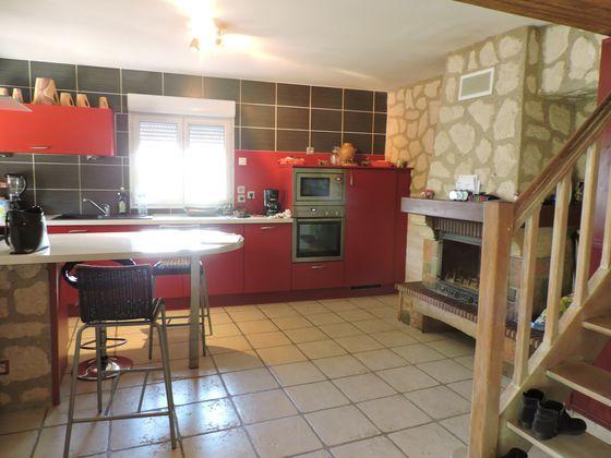 Vente maison 6 pièces 1031 m2