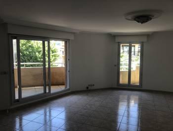 Appartement 10 pièces 122 m2
