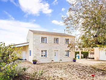 maison à Saint-Porchaire (17)
