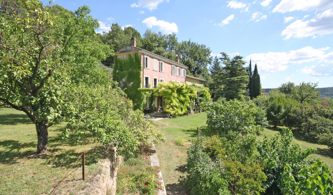 Maison avec piscine et terrasse Salernes