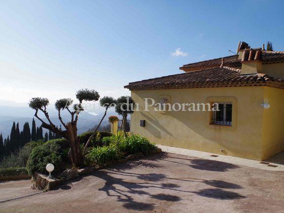 Vente villa 6 pièces 216,72 m2