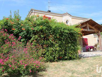 maison à Le Fleix (24)