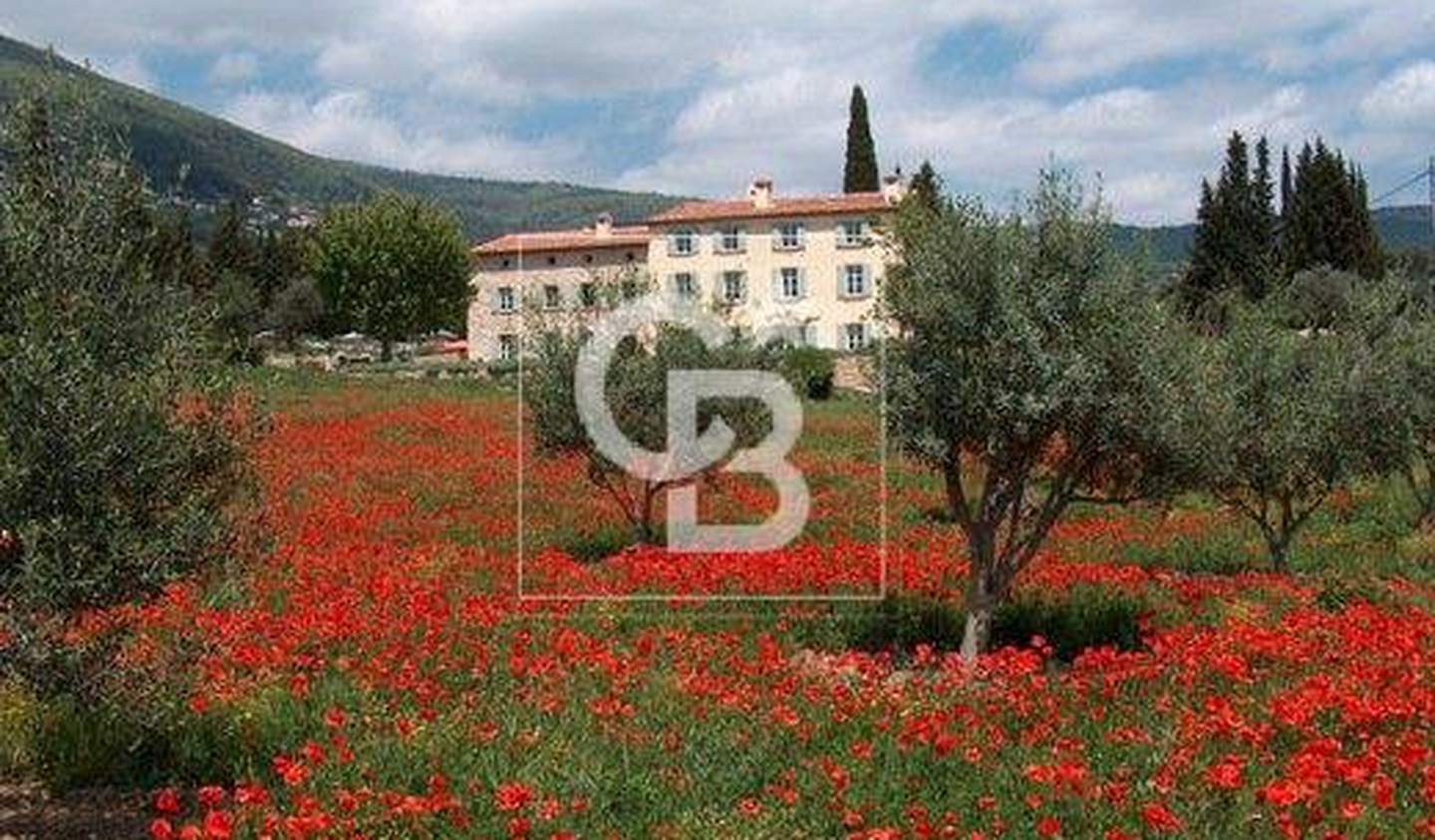 Property with pool and garden Grasse