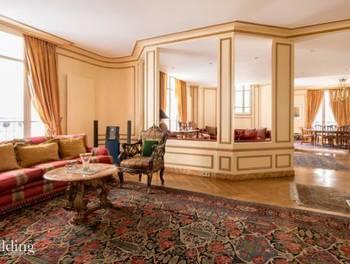 Appartement 7 pièces 239 m2