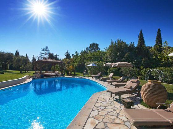 Vente villa 10 pièces 550 m2