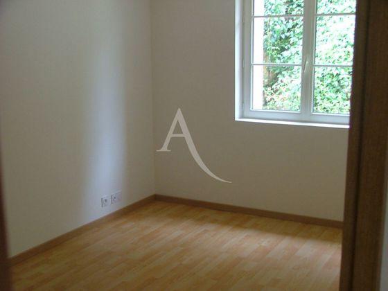 Location maison 5 pièces 203 m2