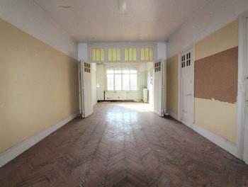 Maison 13 pièces 181 m2