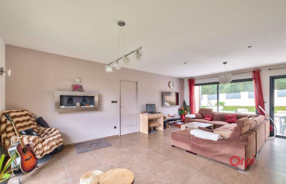 Vente maison 9 pièces 250 m² à L'Arbresle (69210), 782 000 €