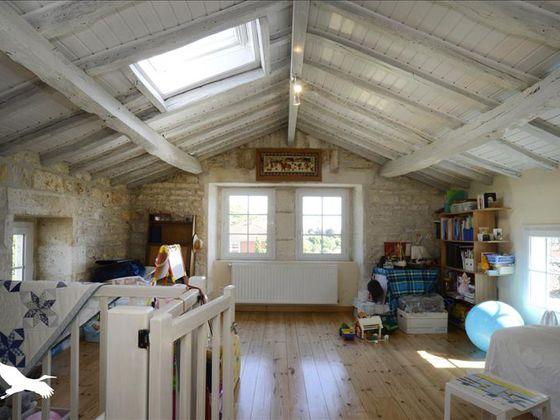 Vente maison 12 pièces 277 m2