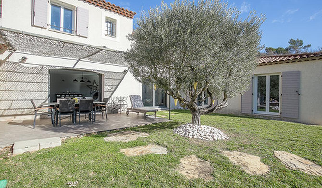 Maison avec piscine et terrasse Mirabeau