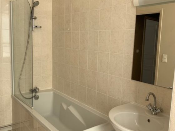 Location appartement 3 pièces 83,26 m2