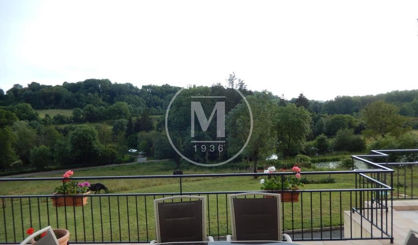 Villa avec terrasse Saint-Maixent-l'Ecole
