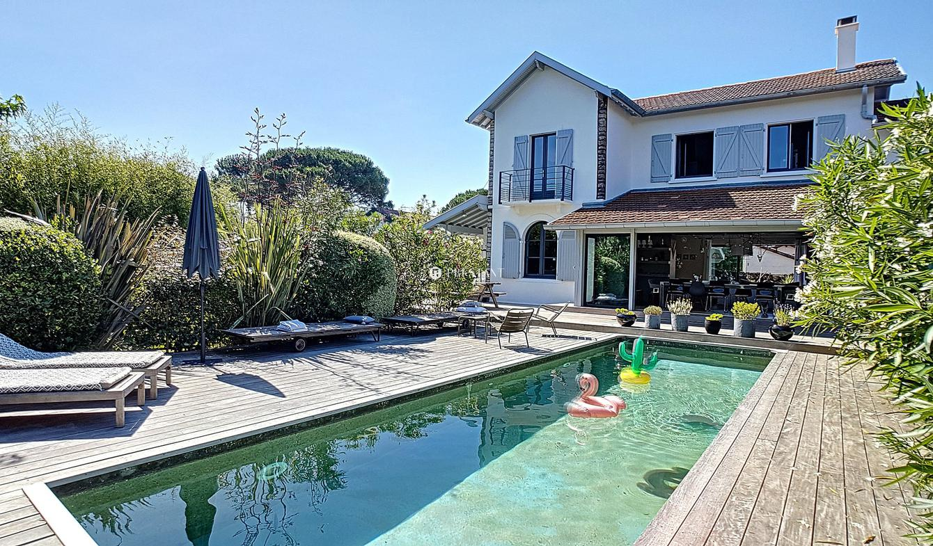 House with pool Anglet