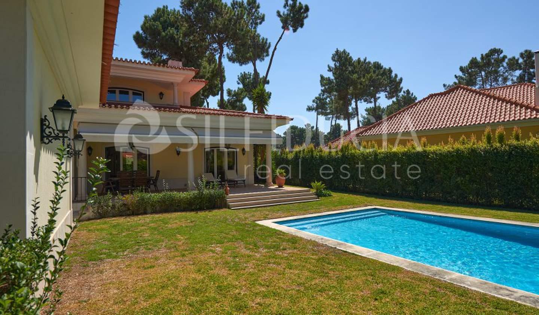 Maison avec jardin et terrasse Almada