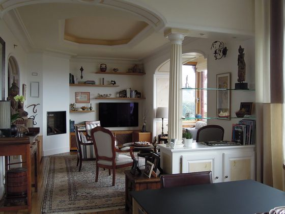 Vente villa 8 pièces 210 m2