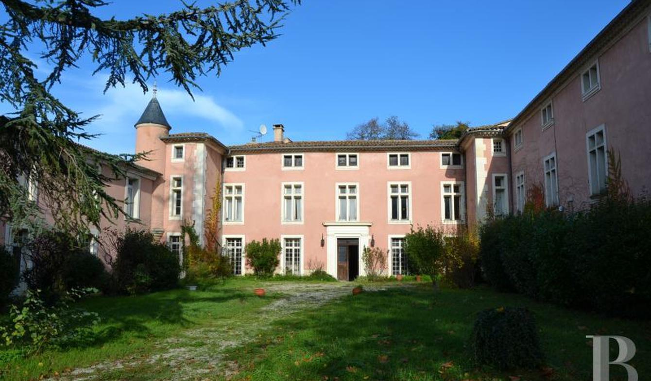 Château Saint-Maximin-la-Sainte-Baume