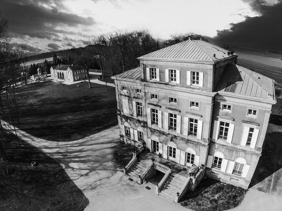 Vente château 45 pièces 2500 m2