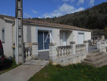 villa à Saint-Etienne-Estréchoux (34)