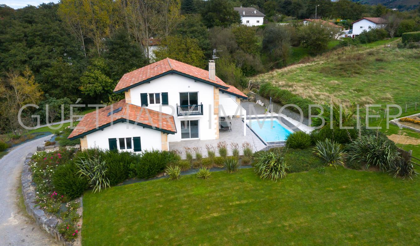 Maison avec piscine et terrasse Ascain