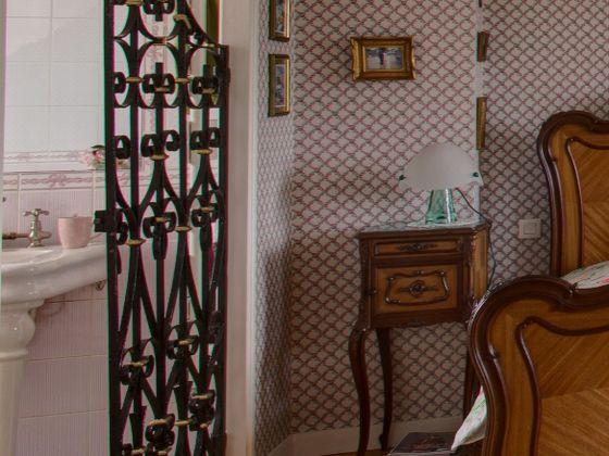 Vente propriété 6 pièces 200 m2