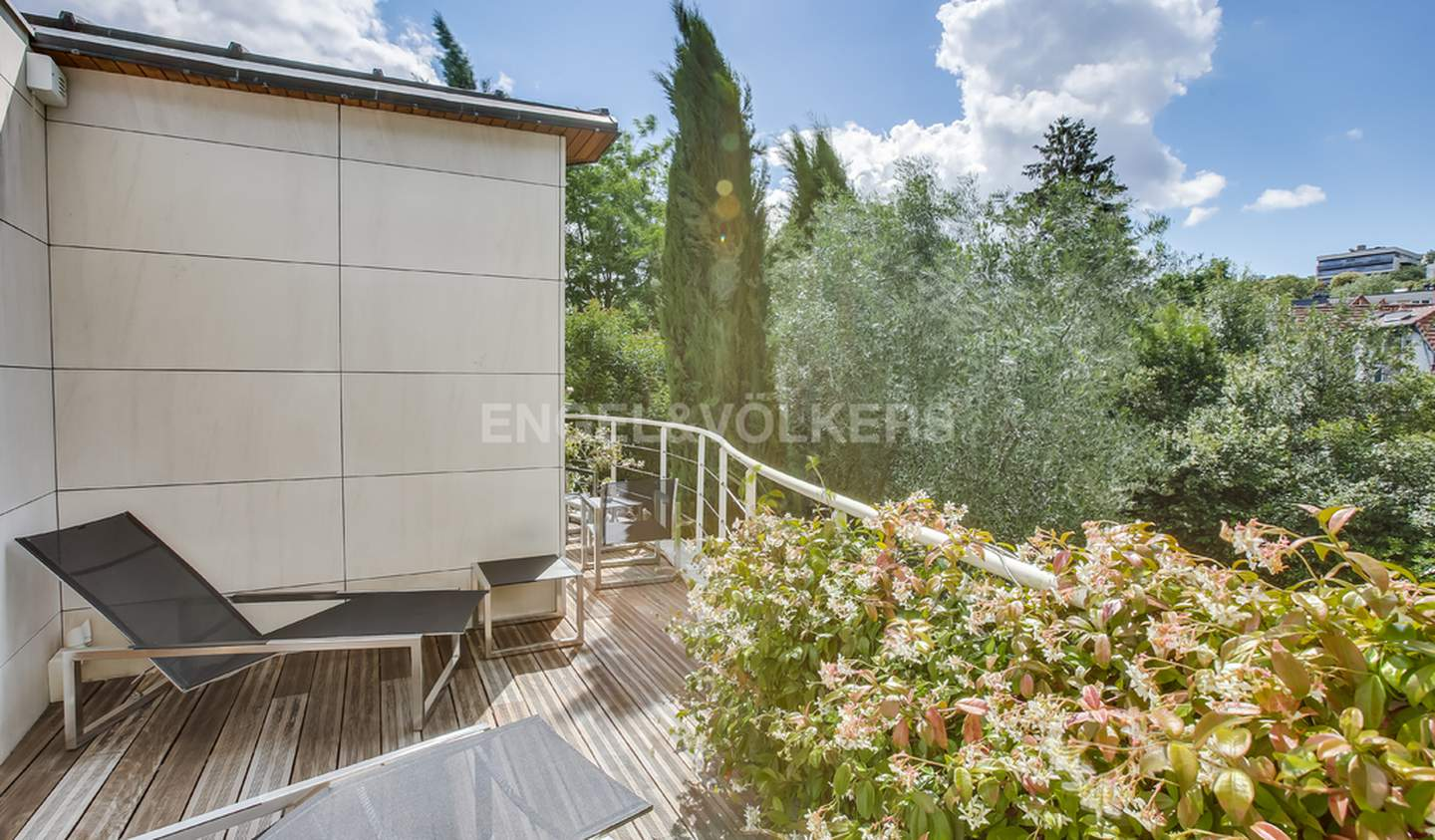 House with pool and terrace Meudon