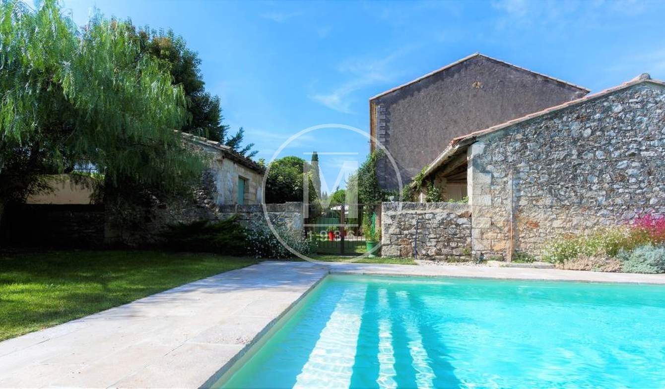 House with pool Lunel