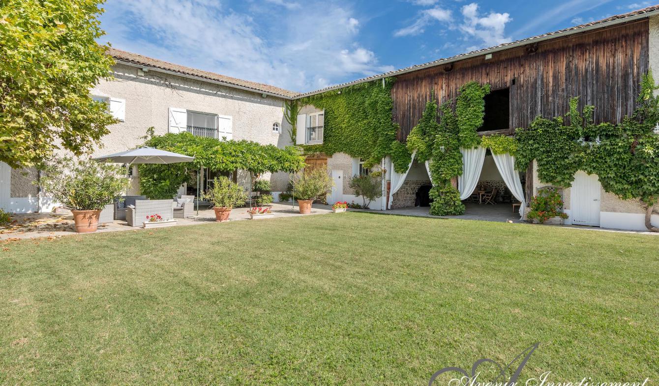 Maison avec piscine et terrasse Brindas