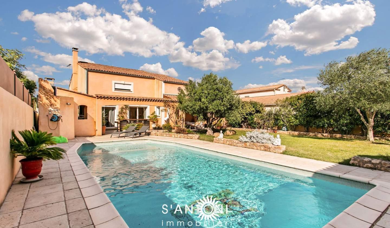 Maison avec piscine et terrasse Bessan