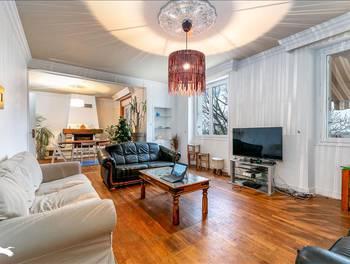 Maison 4 pièces 218 m2