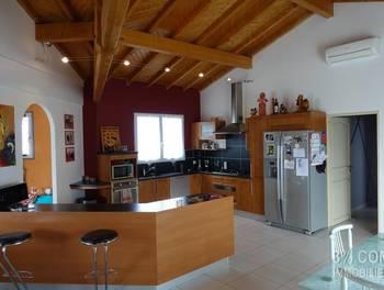 Maison 5 pièces 215 m2
