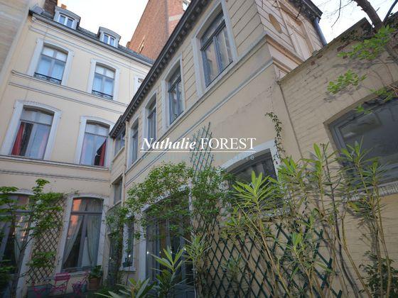 vente Maison 14 pièces 437 m2 Lille