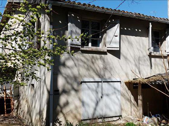 Vente maison 3 pièces 216 m2