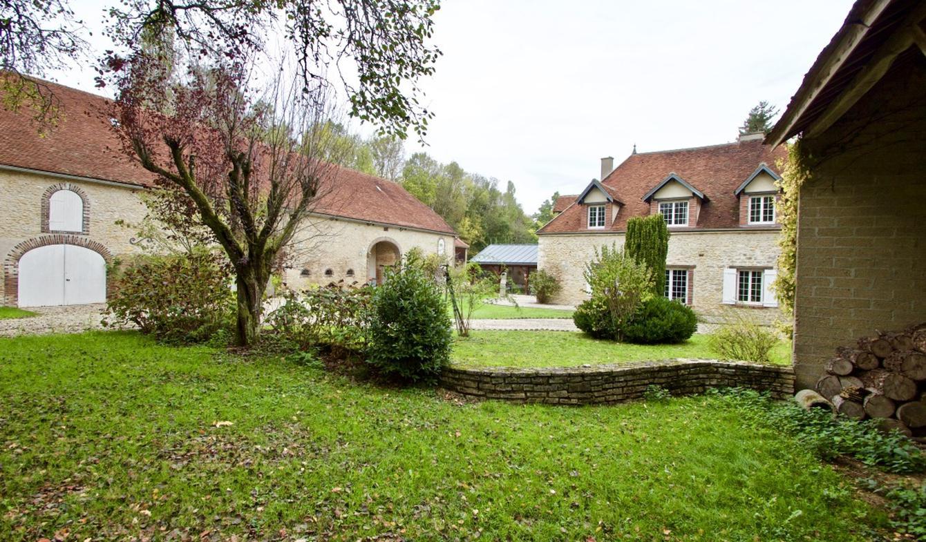 Propriété avec piscine Auxerre