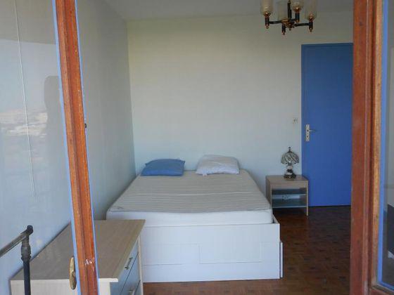 Location chambre meublée 15 m2