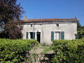 Maison Saint-Amant-de-Bonnieure (16230)