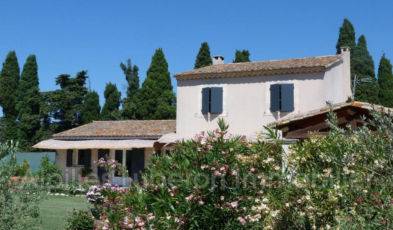 House with terrace Eygalières