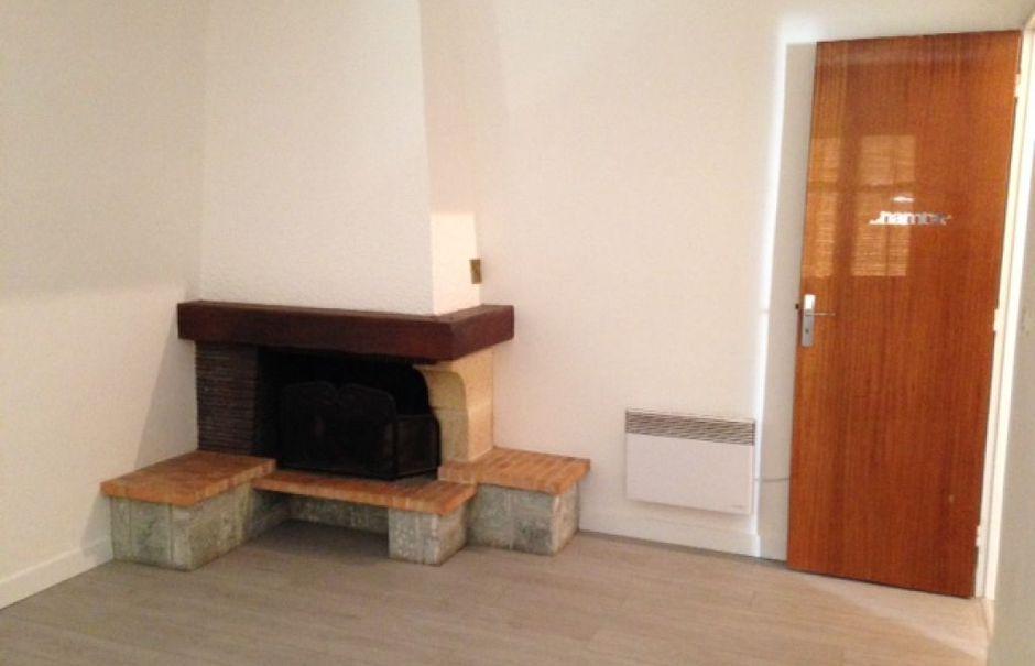 Location  studio 1 pièce 37.91 m² à Saint-Martin-du-Var (06670), 575 €