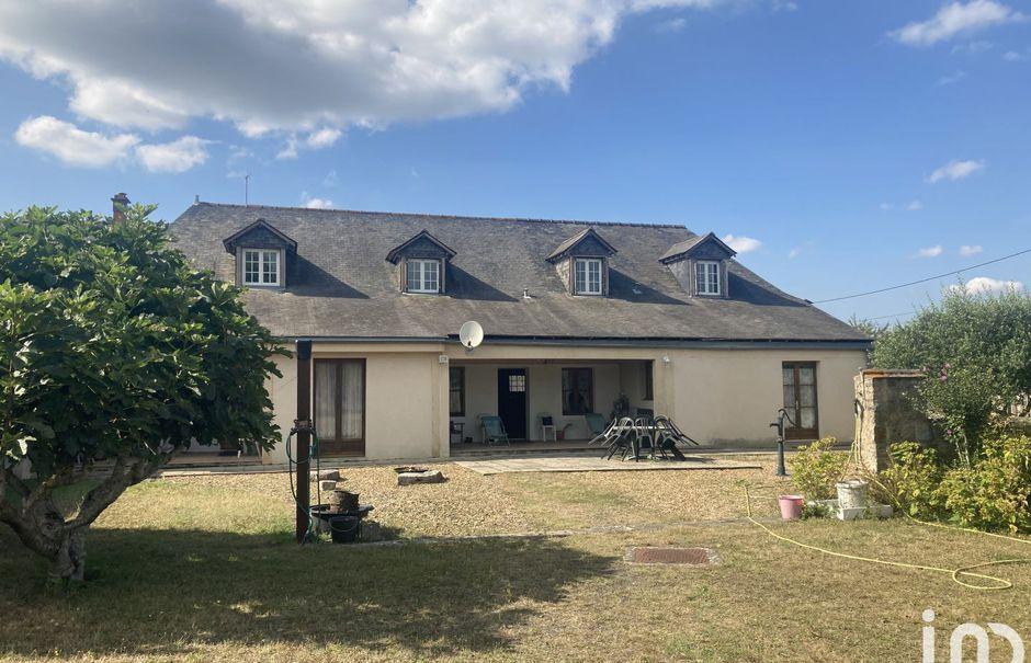 Vente maison 6 pièces 206 m² à Vion (72300), 298 000 €