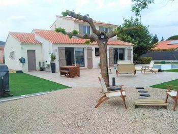 villa à Nans-les-Pins (83)