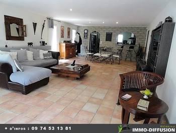 Maison 2 pièces 306 m2