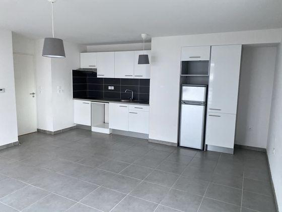 Location appartement 3 pièces 65,67 m2