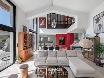 Maison 8 pièces 226 m2