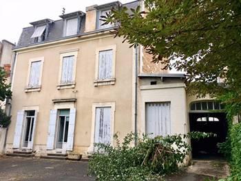 Maison 22 pièces 350 m2