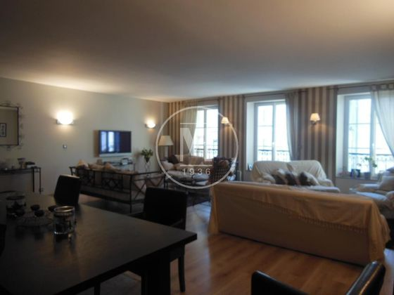 Vente maison 7 pièces 350 m2